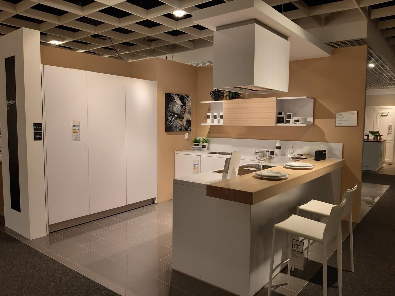 next 125 nx800 m belarena. Black Bedroom Furniture Sets. Home Design Ideas